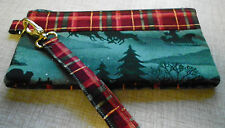 HANDMADE QUILTED GREEN SPRUCE WRIST BAG PURSE MAKEUP HOLDER KEYS PHONE WALLET