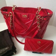 COACH Madison Diaganol Pleated Patent Leather Purse/ Tote w/ Matching Wallet