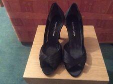 ladies black Roland Cartier shoes size 7