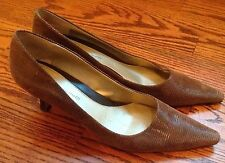 BANDOLINO Cheetah Sz 8 M - Brown Leather Med Heel Pointed Toe Pumps Shoes
