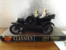 CORGI CLASSICS 1915 FORD MODEL T (TIN LIZZIE) nella scatola originale.