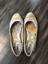 Born Women's Size 8 Gold Leather Quilted Slip On Ballet Flats