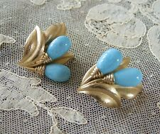 VINTAGE SIGNED CROWN TRIFARI TURQUOISE GLASS CLIP EARRINGS