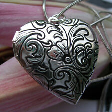 Lovely Silver Heart  Flower Picture Locket Pendant Necklace