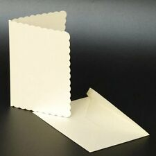 Craft UK en blanco saludos tarjetas y sobres borde festoneado 5 x 7 marfíl