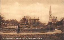 POSTCARD   GLOUCESTERSHIRE   GLOUCESTER  he  Park  & Whitfield  Memorial  Church