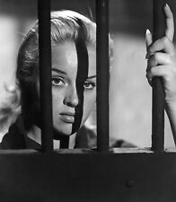DIANA DORS YIELD TO THE NIGHT 8x10 PHOTO