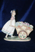 LLADRO LOVES TENDER TOKEN'S BRAND NEW IN BOX #6521 GIRL WHEELBARROW FLOWERS F/S