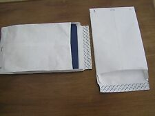 TYVEK 5 x C4 ENVELOPES 324 x 229mms + 38mms EXPANSION GUSSET FOR EXTRA CAPACITY