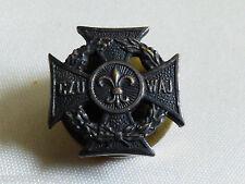 VTG Polish young boy scout organization badge pin tack lapel CZU WAJ cross