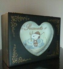 "Peanuts Snoopy ""Fishing"" Musical Heart Jewelry Box  UFS 5 1/2"" HTF"