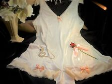 SISSY NYLON ALL IN 1 FLIRTY CAMI KNICKERS BABY DOLL PANTY SLIP PEACH LACE VTG