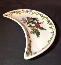 "CHRISTMAS PORTMEIRION HOLLY AND THE IVY 8 5/8"" CRESCENT SALAD PLATE"