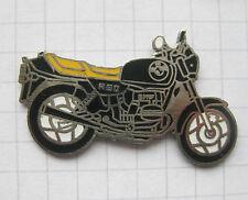 BMW R 80 / R80 emalliert ................. älterer Motorrad-Pin (122f)