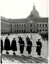 France, Général de Camas dans la Cour des Invalides à Paris  Vintage print.  T