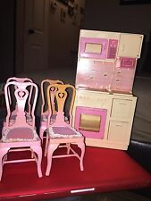 """BARBIE; KITCHEN RANGE / MICROWAVE 12"""" DOLL - 1987 - EXC. USED 4 Dinning Chairs"""