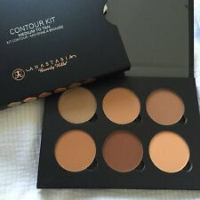 Anastasia Beverly Hills Contour Kit - MEDIUM to TAN