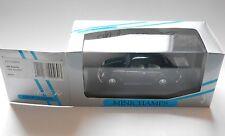 VW Brezel Käfer Beetle Split Window schwarz, Minichamps 430 052000 1:43 boxed!