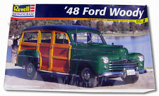 REVELL MONOGRAM 1:25 SCALE '48 FORD WOODY PLASTIC MODEL 1998 SKILL 2 SEALED !