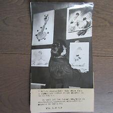 PHOTO DE PRESSE 1944 EXPO CARICATURES ANDRÉ CAZA GRAND PALAIS MME CAZAUMAYOU
