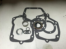 Muncie Gasket / Seal / Nut Kit