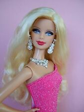 Difficile da trovare Barbie Model Muse Barbie BASICS Top Model HOLIDAY Barbie con vestito