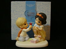 y Precious Moments-Disney Showcase-Snow White-With A Smile And A Song
