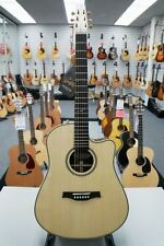 Seagull Artist Studio Cutaway Deluxe with Element Pickup Floor Sample