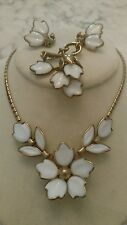Poured milk glass trifari dogwood flower necklace earrings pin brooch dangle
