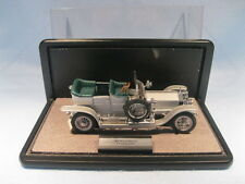 "DIECAST METAL COLLECTIBLE 1907 ROLLS ROYCE ""THE SILVER GHOST"" WITH DISPLAY CASE"
