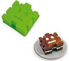Retro Arcade Space Invader Cake Mold! Silicon Baking Dish!