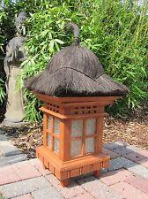 Asiatische Gartenlampe, Pagode aus Holz - Zen- Garten- Lampe für den Garten.