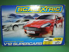 SCALEXTRIC C1241 V12 Supercars Aston Martin RED / SILVER set 1:32