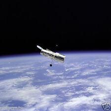 Photo Nasa - Téléscope Hubble vue de la navette Discovery - Conquête spatiale