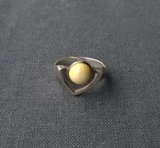 Fine quality 925 sterling silver milky Egg Yolk Amber Superman style ring size O