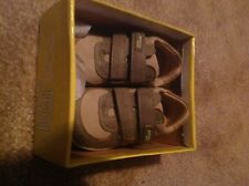 New ADOC kids coffee/beige/ brown Leather Shoes Made in El Salvador size 7