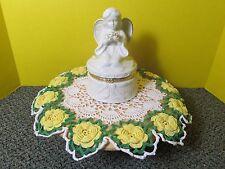 Off white Ceramic Angel Trinket, Bath Salts or Powder box.  Gold trim.