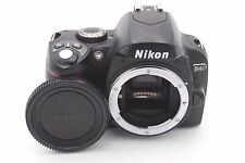 Nikon D40 6.1 MP Digital SLR Camera Body - Shutter Count: 2626