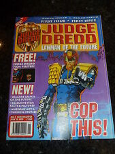 JUDGE DREDD LAWMAN of the FUTURE Comic - No 1 - Date 28/07/1995 - With FREE Gift