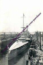 rp13328 - Royal Navy Warship - HMS Renown in Panama Canal - photo 6x4