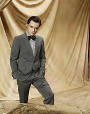 Ed Westwick UNSIGNED photo - E1931 - HANDSOME!!!!