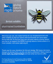 RSPB Pin Badge | Short-haired Bumblebee | GNaH backing card [00518]