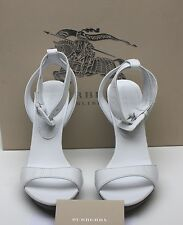 NIB Burberry Buckle ALDERNEY LEATHER WHITE HIGH HEEL OPEN TOE SANDAL 38.5  8.5