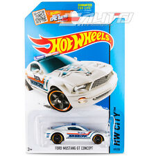 *1 Pack die-cast Hot Wheels 1:64 HW City Ford Mustang GT Concept Sheriff - White