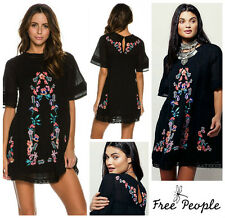 FREE  PEOPLE  * PERFECTLY VICTORIAN * EMBROIDERED LACE DRESS  Sz XS   NEW  $ 168
