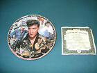 "ELVIS PRESLEY ""HOUND DOG BOP"" MUSICAL COLLECTORS PLATE WITH COA"