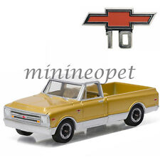 GREENLIGHT 27850 A 50TH ANNIVERSARY 1968 CHEVROLET CHEVY C-10 TRUCK 1/64 GOLD