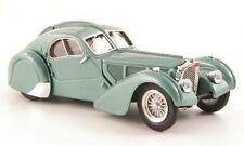 Bugatti Atlantic 57 SC 1938 Light Green Met.1:43 Model RIO4313 RIO