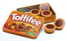 Wooden pretend role play food (Erzi) play kitchen, shop: Toffifee in a tin