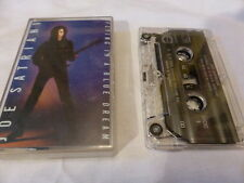 JOE SATRIANI   FLYING IN A BLUE DREAM   CASSETTE   1989  T GRUB 14